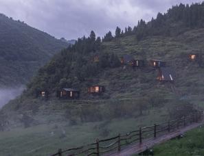 休耕设计--木屋酒店