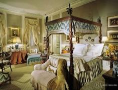 【色彩家】橄榄绿卧室,宁静的古典力量