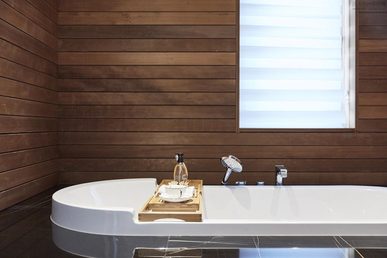 三楼浴室 (2).jpg