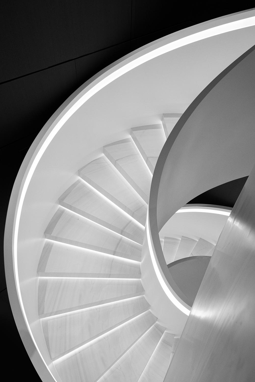 1主楼梯.png