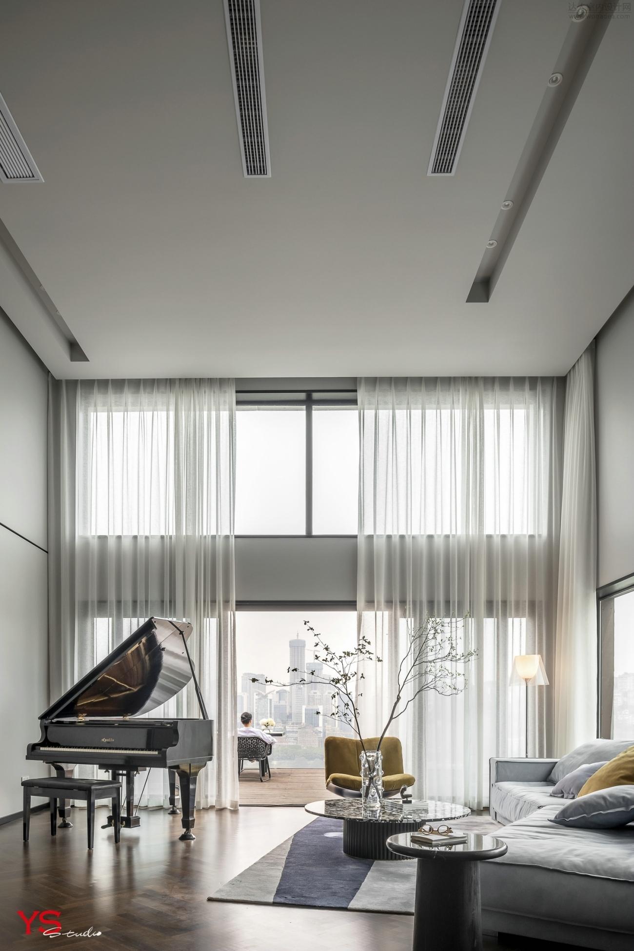 一楼客厅 (3).jpg