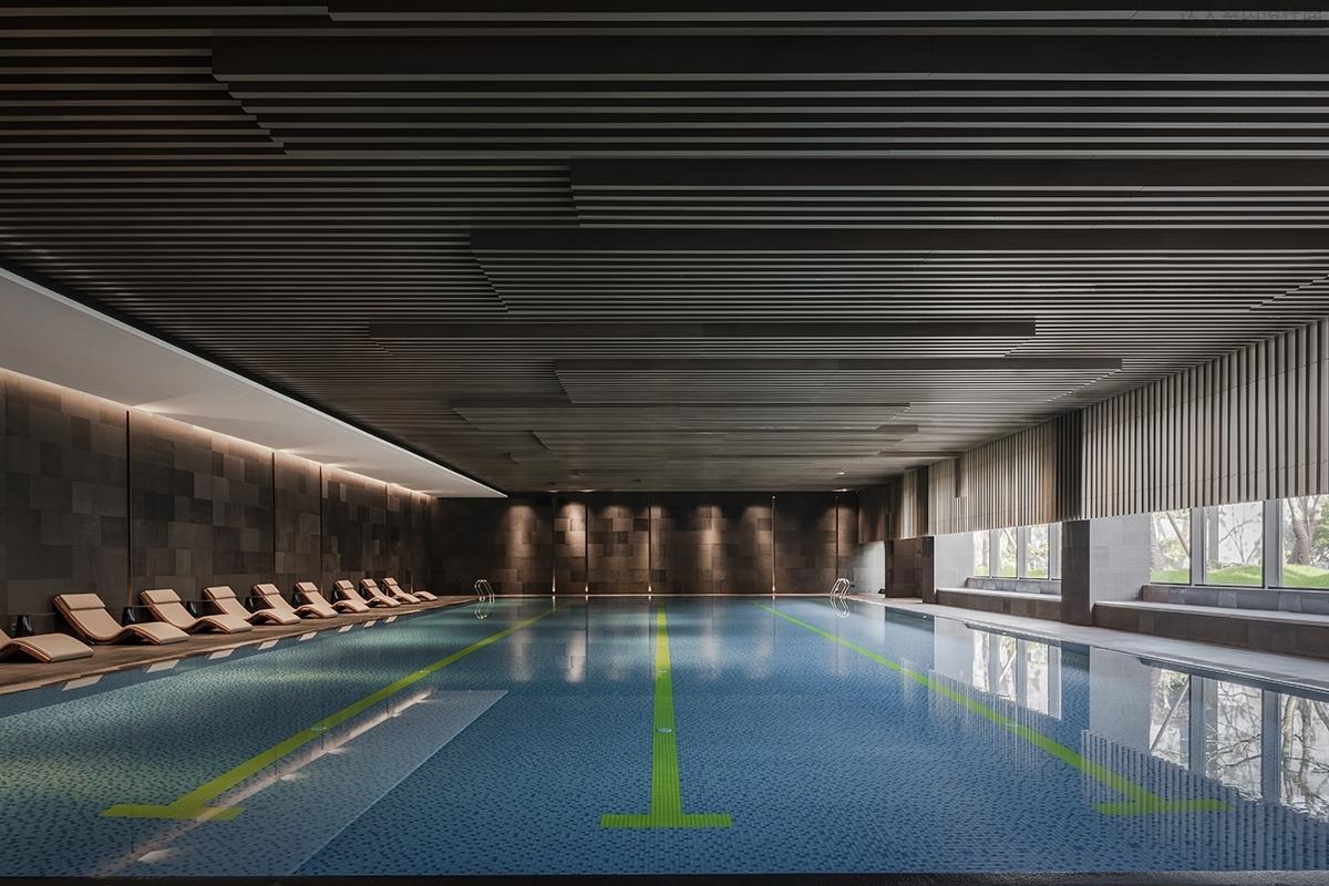 041-泳池全景.jpg