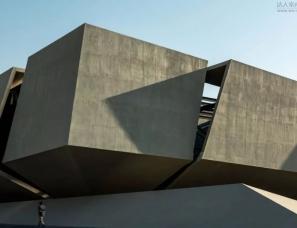 一起设计--这栋迪拜的总部大楼,竟是这样的工业风
