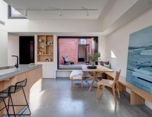 "Crosshatch--加州风格住宅如同""俄罗斯方块""般的扩建"