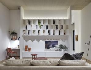 Mim Design--mail-house