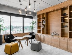 Trzop Architekci--波兰Unnamed公司轻工业风办公室
