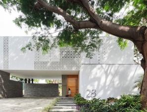 Di Frenna Arquitectos--Papelillo树庭院.墨西哥纯白豪华别墅
