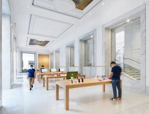 Foster+Partners--Corso大道苹果店