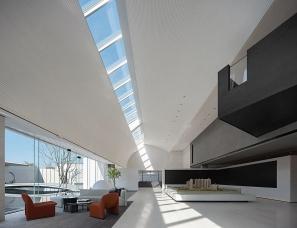 意巢设计--东莞阳光城·湖山悦售楼中心