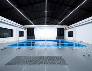 WATERDROP STUDIO--影视级拍摄水体,广州水滴水下影棚