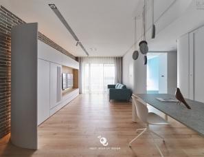 虫点子创意设计--饒河街白色弧形宅/单层