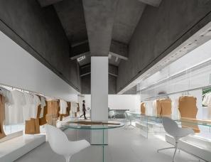 东仓建设--白 · ZS Lab