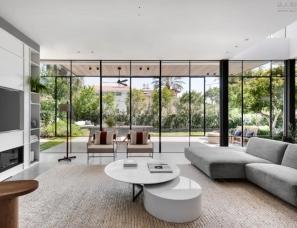 Sharon Weiser Architecture--工业风别墅320㎡