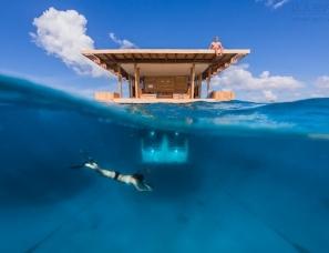 非洲桑吉巴尔岛曼塔度假村浮在海上的水下酒店