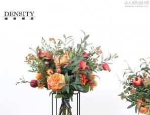 轻奢美式样板间客厅橘色花束玫瑰