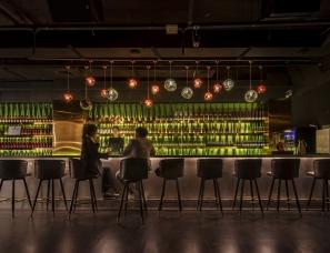 牧之设计--河南驻马店小熊酒吧 用艺术安抚不安的心